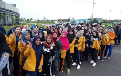 Mahasiswa UNISM Ikuti Jalan Santai Bersama ULM