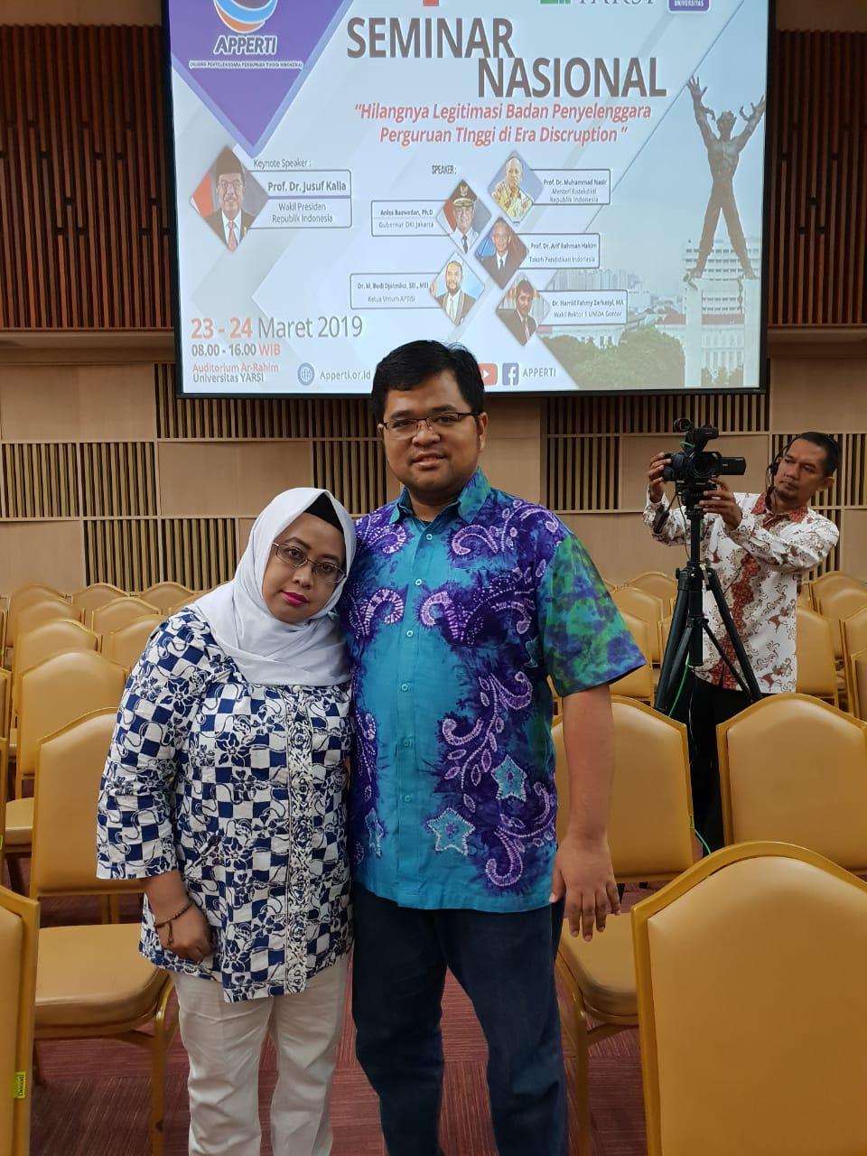 Ketua Yayasan Indah Banjarmasin dan Wakil Rektor II UNISM Hadiri Semnas Univ.Yarsi