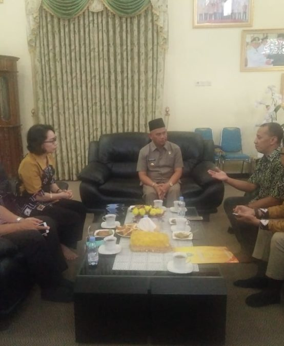 Jajaran Rektorat UNISM bertemu Bupati Amuntai