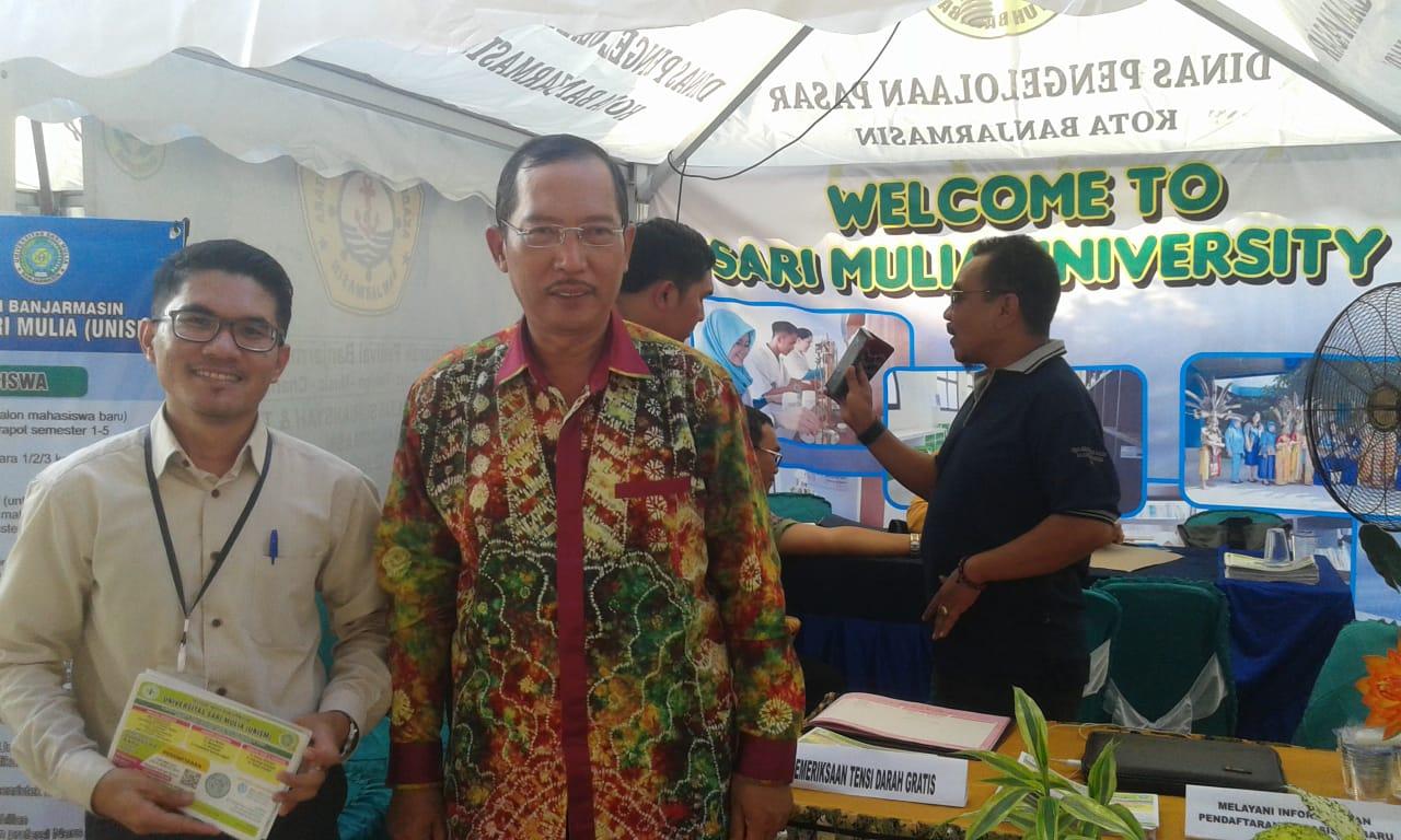 Stand Universitas Sari Mulia Di Kunjungi Wakil Walikota
