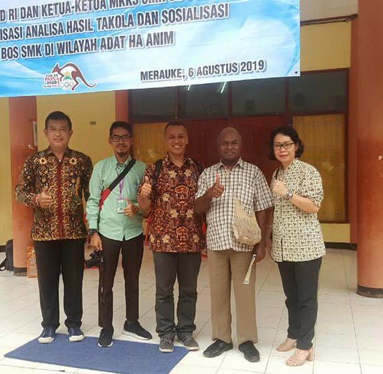 Universitas Sari Mulia Sosialisai di SMK Di Wilayah Adat Ha Anim