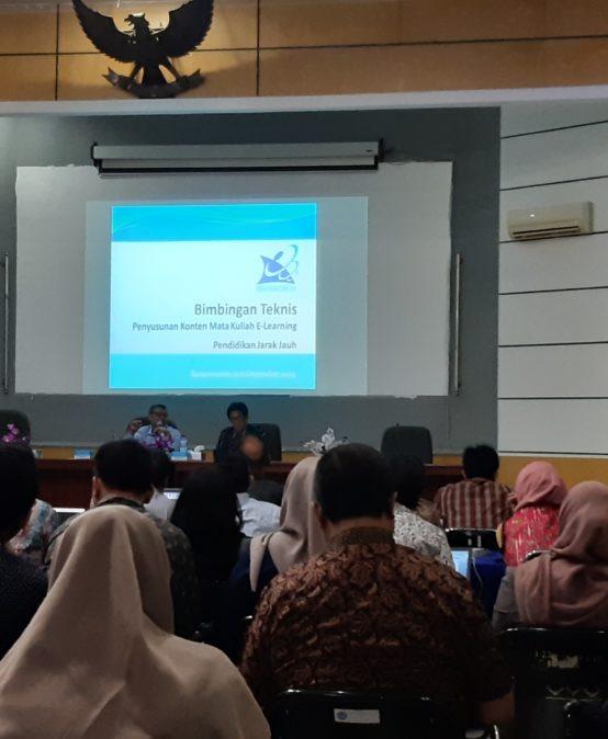 Dosen-dosen Universitas Sari Mulia Ikuti Bimtek e-learning