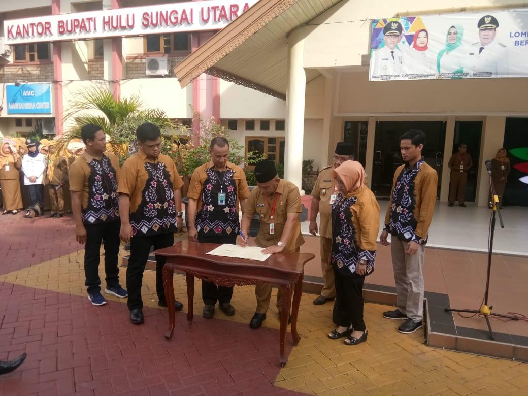 Penandatangan MoU antara UNISM dan Pemerintah Kabupaten Hulu Sungai Utara