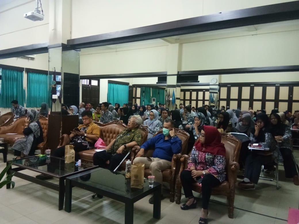 Desiminasi Kegiatan Ekternal Maupun Internal Universitas Sari Mulia