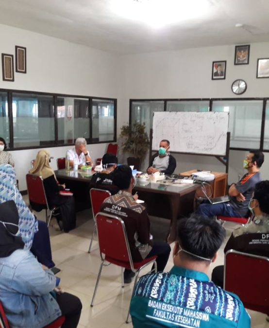 Rapat Hearing Rektorat dan BEM