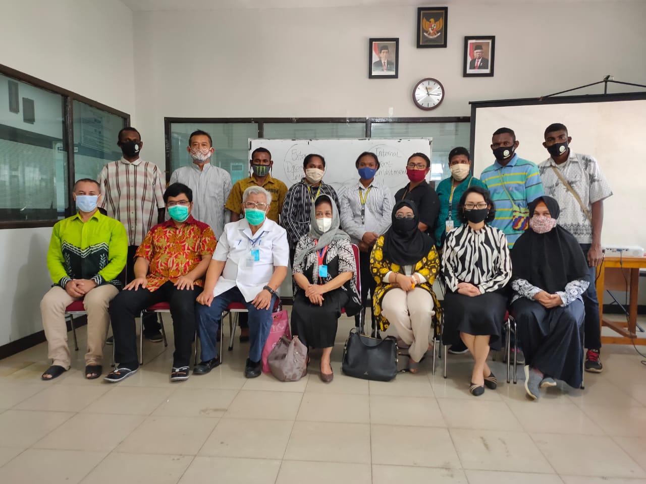 Penguatan bagi Maba dari Papua oleh Tim Rektorat UNISM