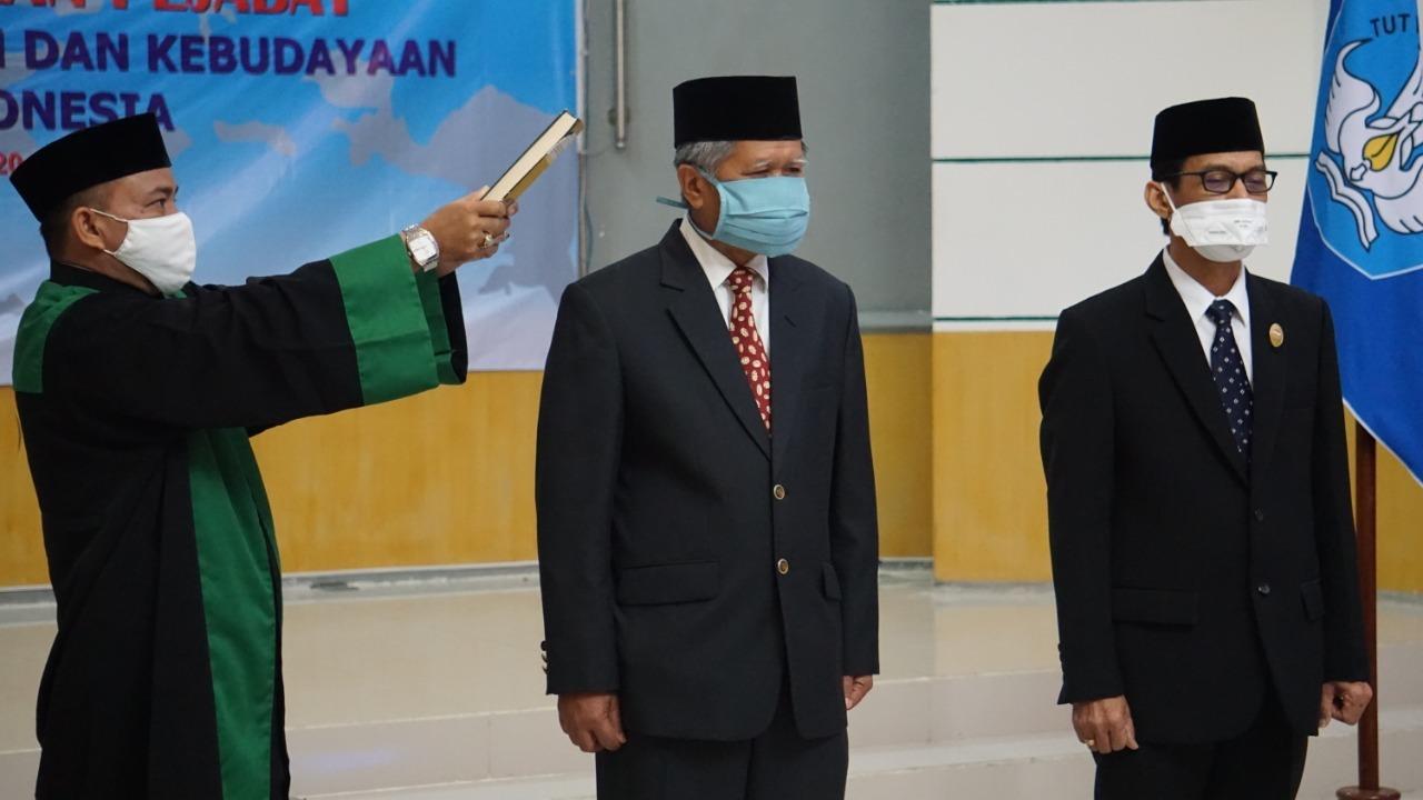 Prof. Udiansyah dan Dr. M. Akbar kembali dilantik menjadi Kepala dan Sekretaris LLDIKTI XI Wilayah Kalimantan